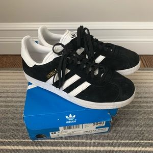 ADIDAS Classic Suede Gazelle Sneakers